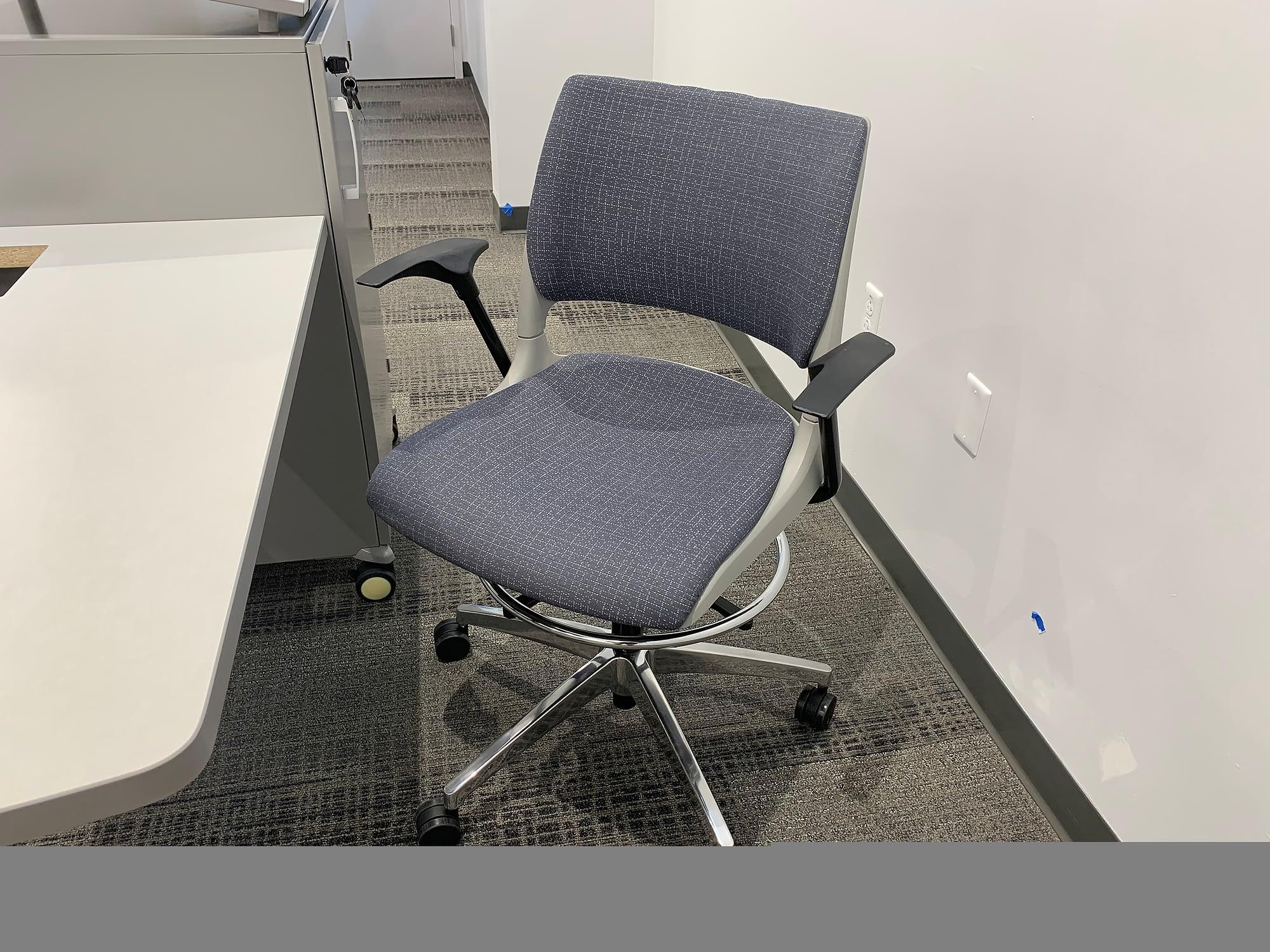 large classroom podium chair
