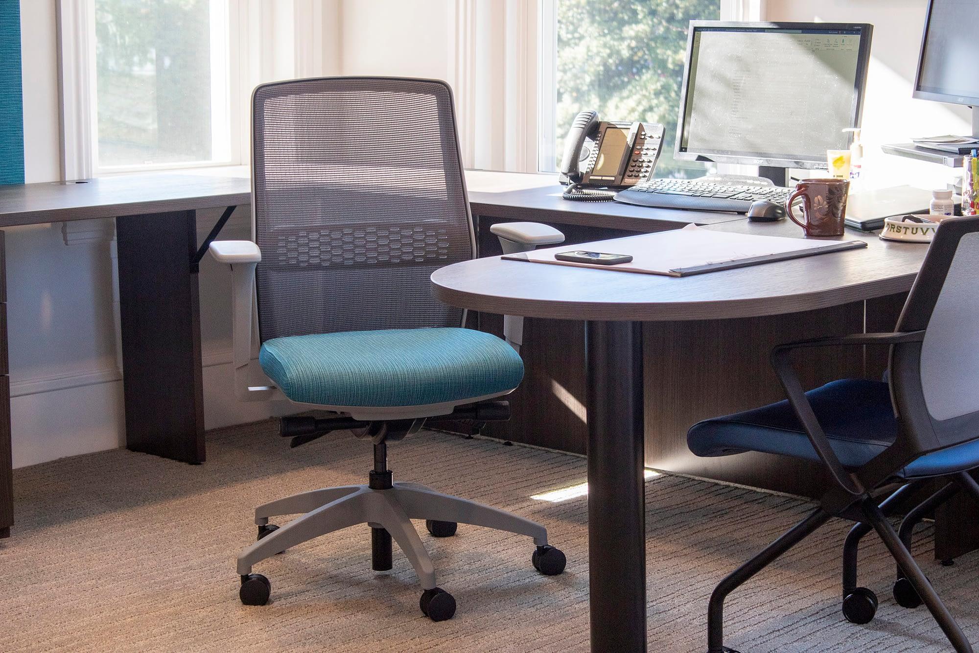 Bens Office Chair CloseUp